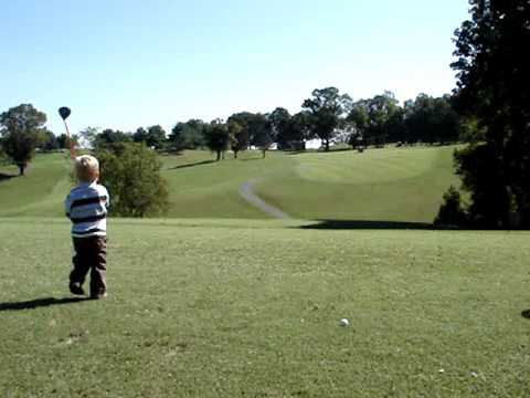 TIGER WOODS two year old toddler golf AMAZING IVY HILL tiger woods