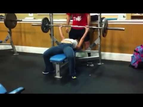 Charlie Brooke benches 125lbs